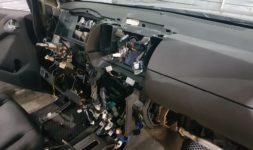 Замена моторчика заслонки климат-контроля Nissan
