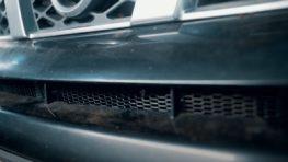 Установка сетки на бампер автомобиля Nissan X Trail T31 в Санкт-Петербурге